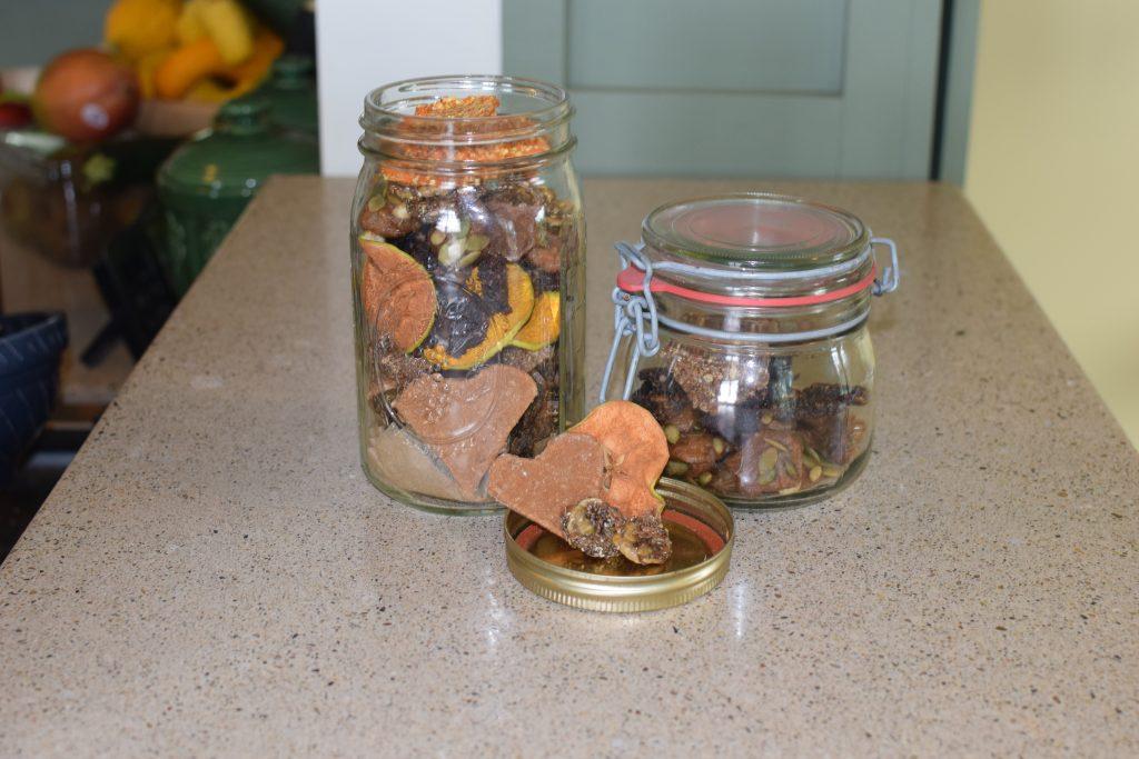 DIY superfood horse treats